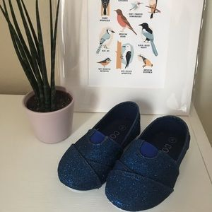 Other - Blue glitter shoes